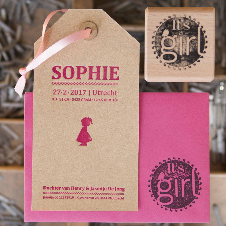 Geboortekaartje als label in letterpress   Sophie